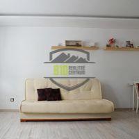 2 izbový byt, Považská Bystrica, 52 m², Čiastočná rekonštrukcia