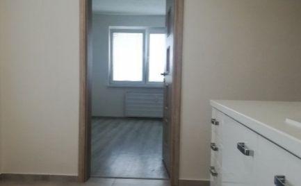 Exkluzívny 2  izbový byt, 62 m2,  s balkónom,  Banská Bystrica, kompletná rekonštrukcia - cena  111 500€