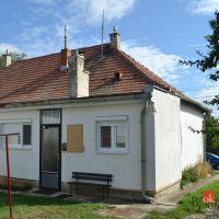 Rodinný dom, Ivanka pri Nitre, 92 m², Čiastočná rekonštrukcia