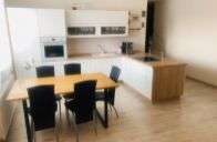 3-izbový byt s vlastným dvorčekom v 6-ročnej novostavbe