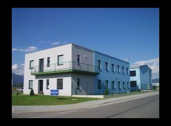 Kancelárske priestory v priemyselnej zóne - Sučany.
