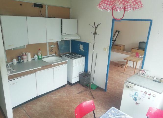 1 izbový byt - Poltár - Fotografia 1