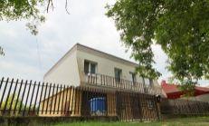 5 izbový poschodový dom  v Iži na predaj