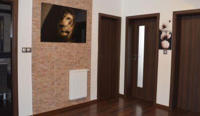 PRENÁJOM nádherný 4,5 izb. byt s dvomi terasami - Záhradná ul., Most pri Bratislave