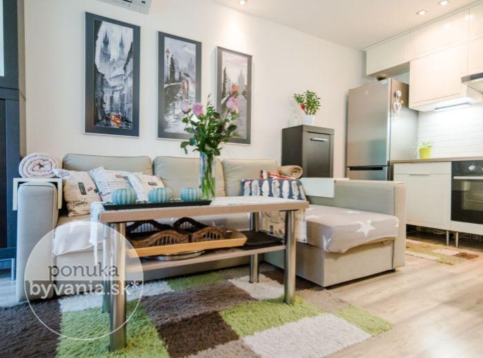 PREDANÉ - SILVÁNSKA, 2-i byt, 42 m2 - ticho, zeleň, JEDINEČNÁ REKONŠTRUKCIA, klimatizácia, KOMPLETNE ZARIADENÝ