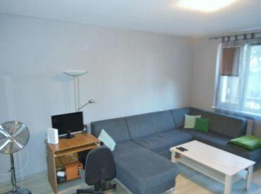 Veľký 3 izbový byt s 2 loggiami na ulici Rovniankova
