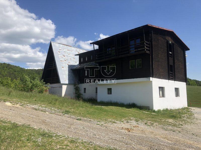 INVESTÍCIA - Chata nad obcou Môlča. CENA: 229 000 €
