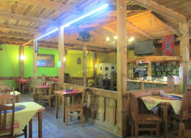 reštaurácia - Banská Bystrica - Fotografia 1