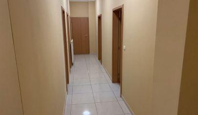 Na predaj 3. izbový byt/office Staré Mesto, Mickiewiczova.