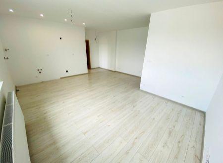 APEX reality 2 iz. byt v novostavbe na Železničnej ul., 47 m2, pivnica, bezproblémové parkovanie