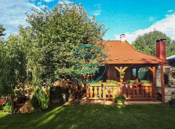 Na predaj krásna murovaná chatka po kompletnej rekonštrukcii v oblasti Červený most pri Nových Zámkoch