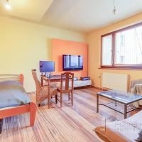 4 izbový byt, Bratislava-Petržalka, 69 m², Kompletná rekonštrukcia