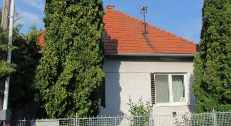 REZERVOVANÉ !!!Dom alebo chalupa s výhľadom na obec Skýcov