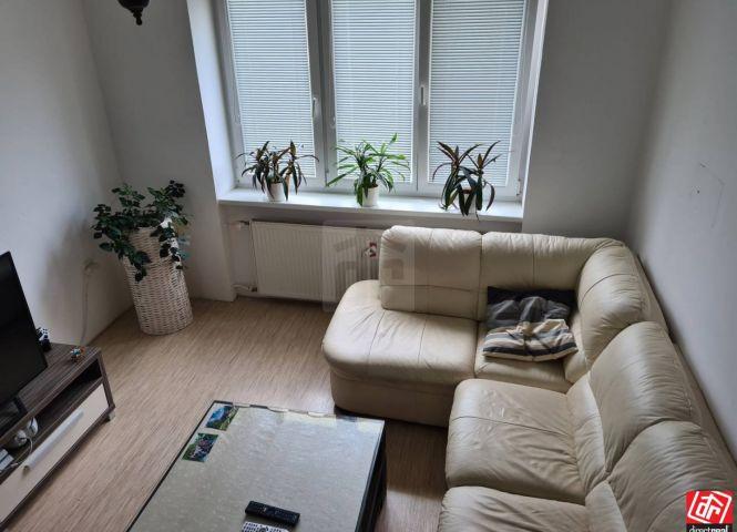2 izbový byt - Púchov - Fotografia 1