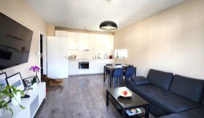 Predaj - Moderný 3 izbový byt s balkónom a parkovacím státím/novostavba-RAJKA. TOP PONUKA.