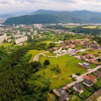 Pre rodinné domy, Banská Bystrica, 1330 m²