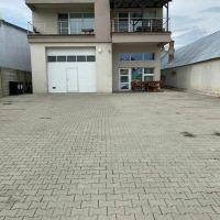 Polyfunkčný objekt, Pezinok, 155 m², Novostavba