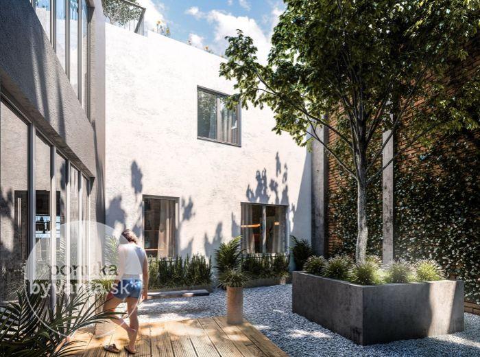 LIPÁR – 5-i byt, 117 m2 - TERASA 127 m2, strešný penthouse, VÝHĽADY NA DOMINANTY MESTA, Zámocký park