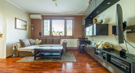 TOP PONUKA Moderný 2- izbový byt s veľkou loggiou, klimatizáciou na ulici Štefana Králika