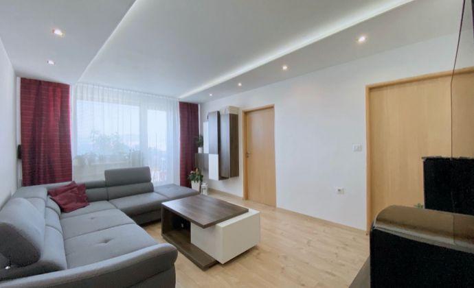 Na predaj 3 izbový byt Žabník v Prievidzi, 66 m², 8.p./10.p., Ul. Lúčna