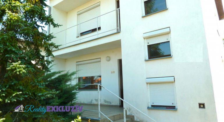 Rodinný dom na predaj, v obci Kalinovo, skolaudovaný 2001