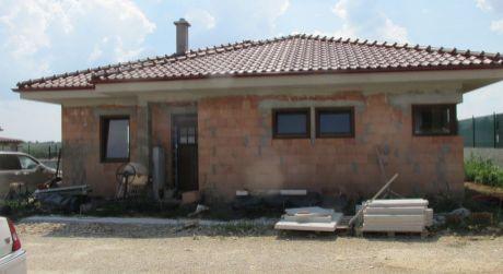 Na predaj  bungalov na klúč v Jelenci