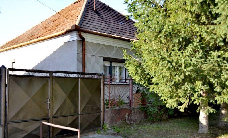 Rodinný dom-Predaj-Nesvady-78000.00 €