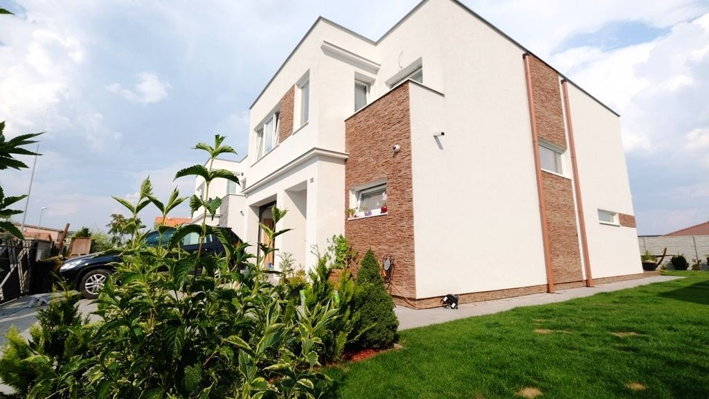 Rodinný dom-Predaj-Chorvátsky Grob-320000.00 €