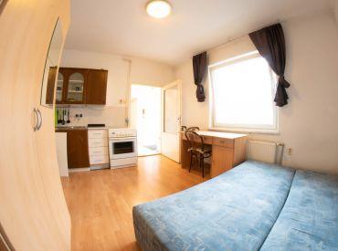 Na predaj 2 izbový byt, 34 m², Cintorínska ul. BA I. – Staré Mesto
