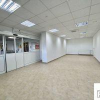 Obchodné, Považská Bystrica, 110 m², Kompletná rekonštrukcia