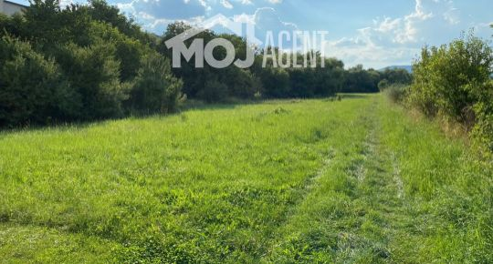 Pozemok o rozlohe 4.257 m² v blízkosti centra mesta so súkromím