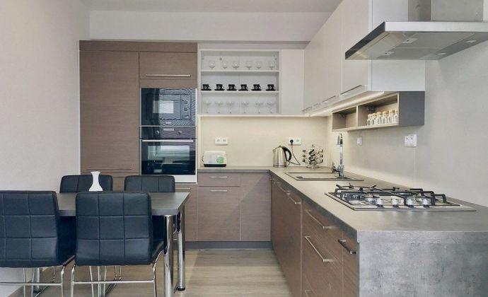 Prenájom - priestranný 3 izbový byt so súkromným wellness v Kanianke