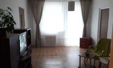 PRENÁJOM 3 izb. bytu – zrekonštruovaný, na Púpavovej ul.- Karlova Ves