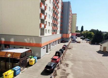 3 izb. byt , Ružinov, ul. Hraničná, výmera 80 m2,  vyhľadávaná lokalita