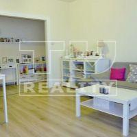2 izbový byt, Pezinok, 54 m², Kompletná rekonštrukcia