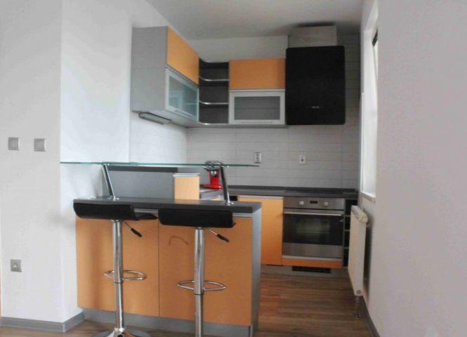 1 izbový byt - Bratislava-Karlova Ves - Fotografia 1