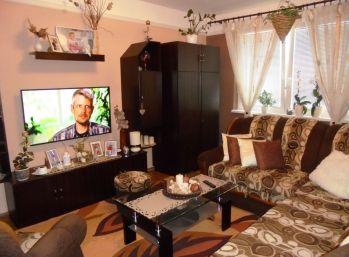 VAJANSKÉHO 3-i byt 75 m2 - čiastočná rekonštrukcia, LOGGIA