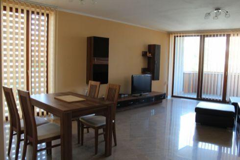 Prenájom 3 - izbový byt v centre mesta