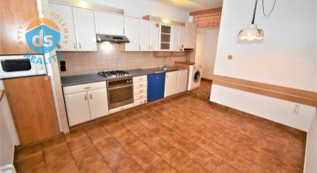 Na prenájom 3 izbový byt s balkónom, 73 m2, Trenčín, ul. Saratovská
