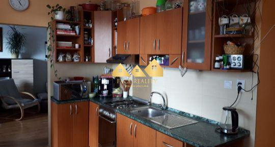 Na predaj 3 izbový byt v Poprade 76 m2, s balkónom
