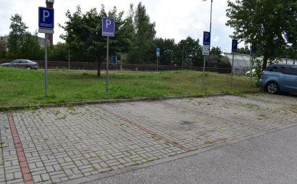Parkovacie miesto v centre Žiliny, Hliny 8