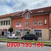 Obchodné, Nová Baňa, 1 m², Kompletná rekonštrukcia