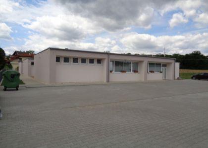 Prenájom pavilónu v polyfunkčnom objekte 130m2, širšie centrum Nove Mesto n/V