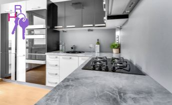 3 izbový byt po kompletenj rekonštrukcii, klimatizácia, kúpou voľný, Lietavská ulica
