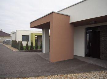 Predaj 3 izb. nízkoenergetický bungalov na kľúč, pozemok 4,19á, Dolný Bar