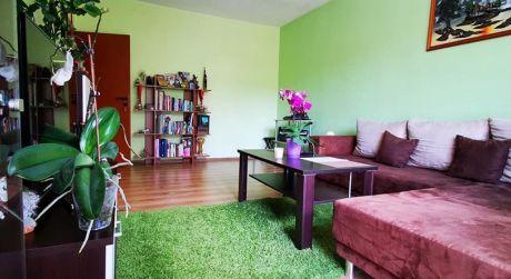 Na predaj útulný 2 izbový byt po rekonštrukcii Sever, s loggiou