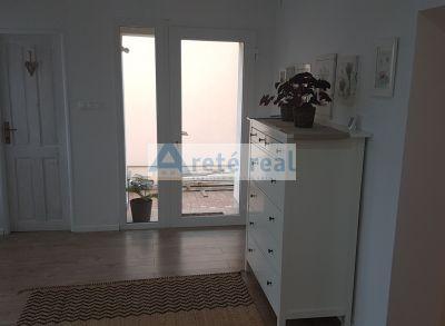 Areté real- prenájom veľkého 2-izbového bytu v rod.dome na Cajle