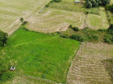 Predaj pozemku vhodného na výstavbu chaty v Novej Bystrici 917m2, cena: 25 000Eur
