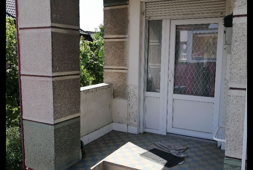 Predaj Rodinné domy Kamenín-1