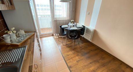 3i zrekonštruovaný byt s loggiou - Solinky